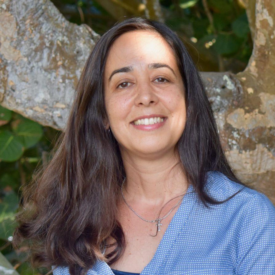 Maria Hernandez, MD, MT-BC